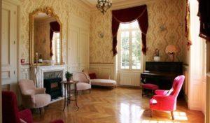 Chateau De Montbraye 13027921 103