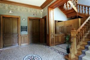 Chateau De Montbraye Entrée 03 128