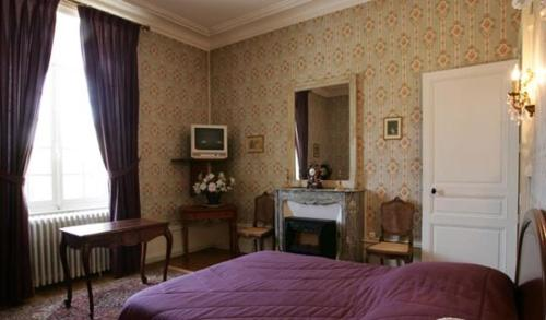 Chateau De Montbraye 13027910 169
